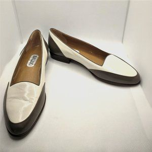 Vintage Bally Two Toned Cream & Gray Leather Flats